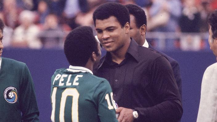 NASL Soccer: New York Cosmos Pele (10) shaking hands with Muhammad Ali before game vs Santos FC at Giants Stadium. Pele's final soccer game. East Rutherford, NJ 10/1/1977 CREDIT: Eric Schweikardt (Photo by Eric Schweikardt /Sports Illustrated/Getty Images) (Set Number: X21801 TK1 )